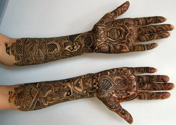 Arabic Mehandi Designs for Wedding Occassions