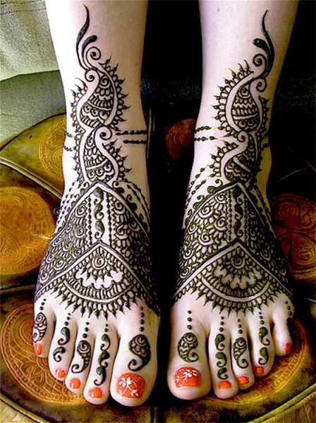 Bridal Mehndi Designs for Foot
