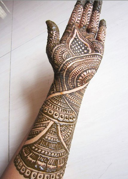 Traditional N Bridal Mehndi Designs : Thrilling thirty bridal mehandi designs with images a