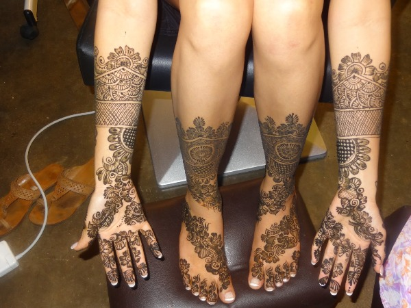 Elaborate Mehandi Designs For The Weddings
