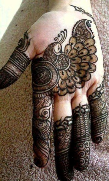 Peacock Mehandi Designs Perfect for Brides