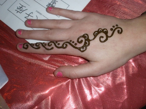 simple-mehndi-designs-10