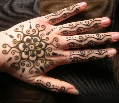 simple-mehndi-designs-11
