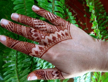 simple-mehndi-designs-13