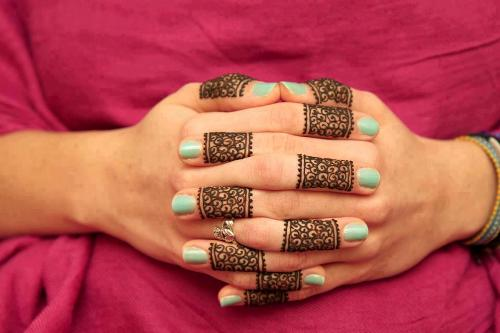 simple-mehndi-designs-15
