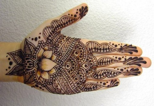 simple-mehndi-designs-16