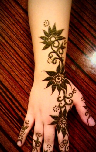 simple-mehndi-designs-18