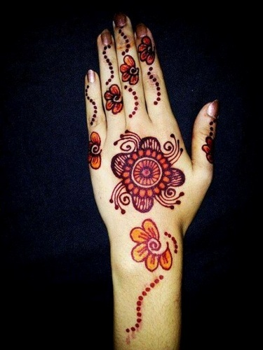 simple-mehndi-designs-19