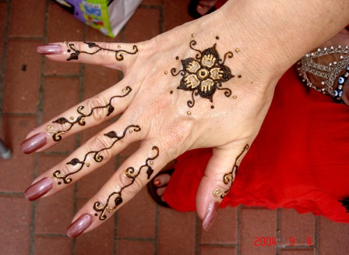 simple-mehndi-designs-20