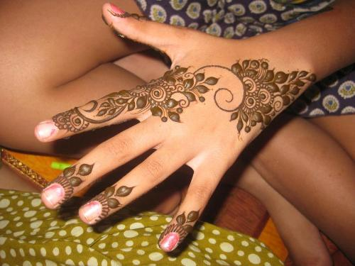 simple-mehndi-designs-6