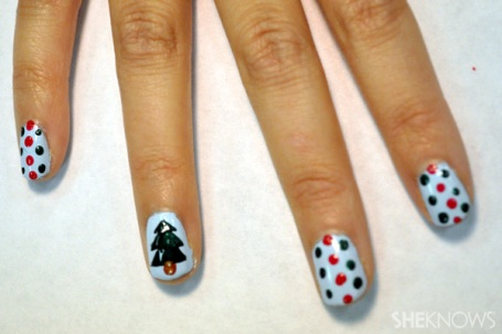 polka-dot-nail7