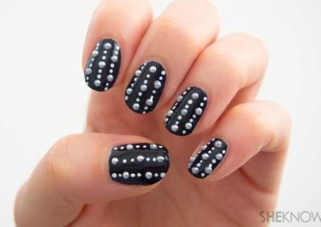 polka-dot-nail9