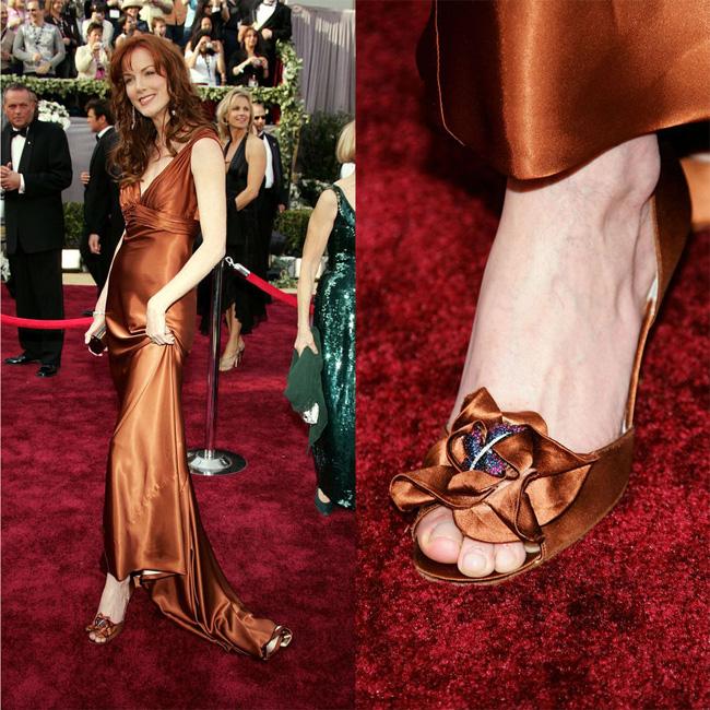 Rita-Hayworth-Heels