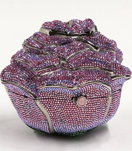 judith-leiber-rose-bag