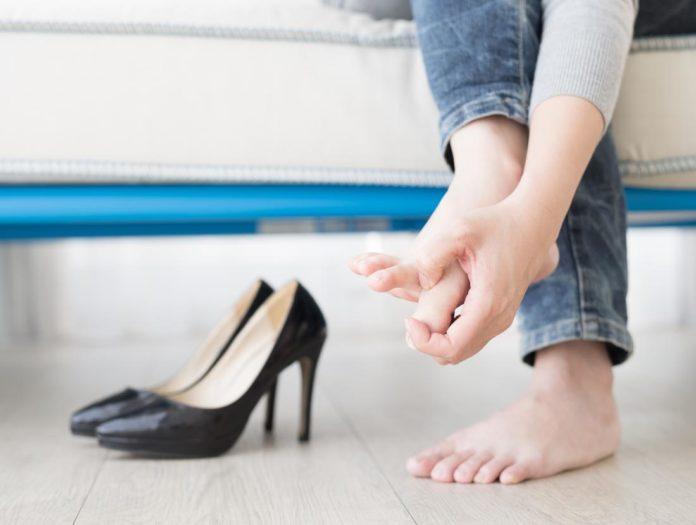 blisters on feet from shoes, how to prevent shoe bites