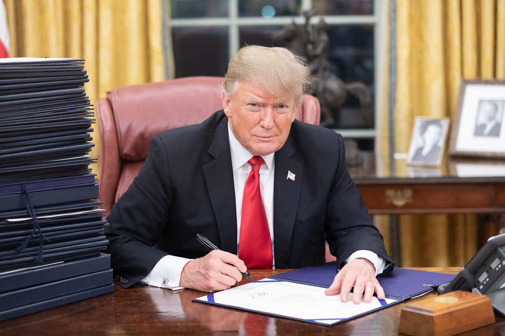 Donald trump age wife