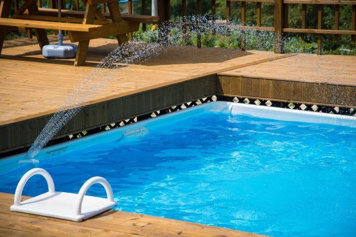 types of pool cleaners