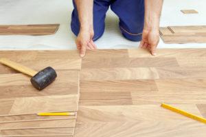 lay vinyl floor
