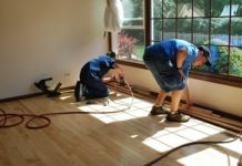 How to level subfloor for wood flooring