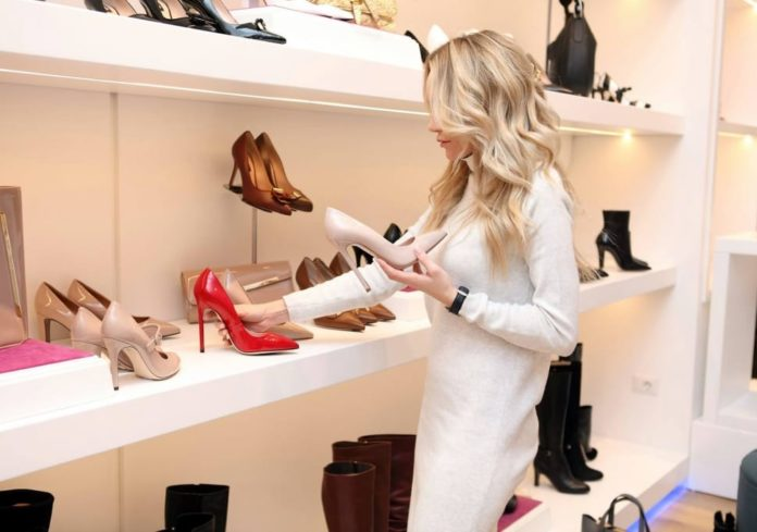 Tips for Buying Women's Shoes Online