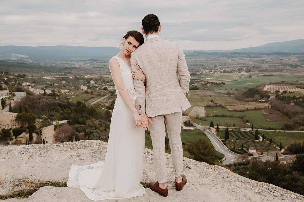 elopement married couple picture